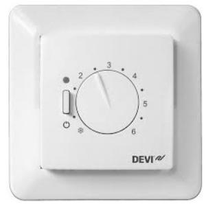 Терморегулятор DEVIreg-530 для систем теплый пол. Диапазон регулирования + 5 - + 45 гр. С. Имеет датчик температуры пола.